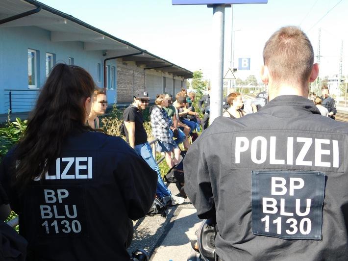 Originalbild Bundespolizei Freilassing - Einsatz am Bahnhof Freilassing