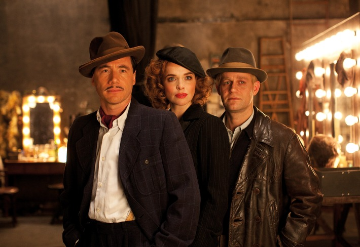 HOTEL LUX mit Michael Bully Herbig in der Hauptrolle startet am 27. Oktober 2011 im Verleih der Constantin Film (mit Bild)