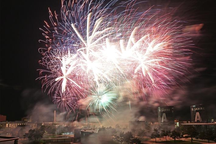 Uber 35 000 Gaste Feiern Den 15 Geburtstag Der Autostadt