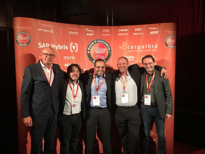 Debrunner Acifer tra i primi cinque allo Swiss E-Commerce Award 2016
