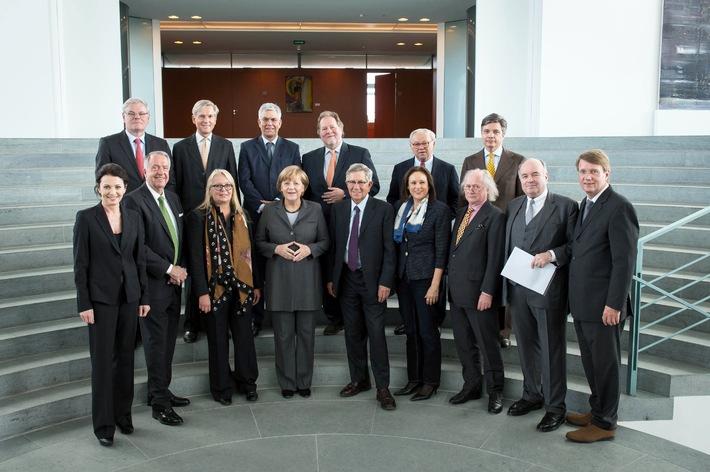 Erstes Treffen der Deutschen Content Allianz mit Bundeskanzlerin Angela Merkel: Auftakt zu einem kontinuierlichen Dialog (BILD)