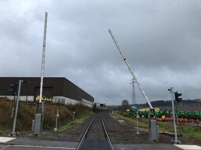 Bahnübergang am John-Deere-Gelände Zweibrücken