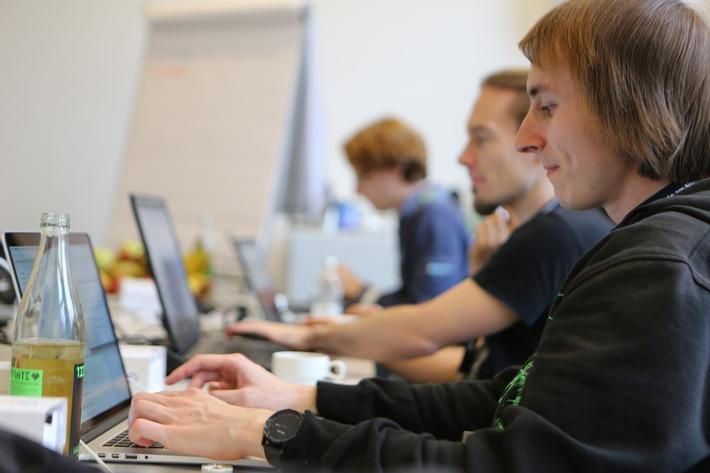 Hackers welcome! next media accelerator startet Media-Hackathons mit ARD, NDR und der Mittelbayerischen Zeitung