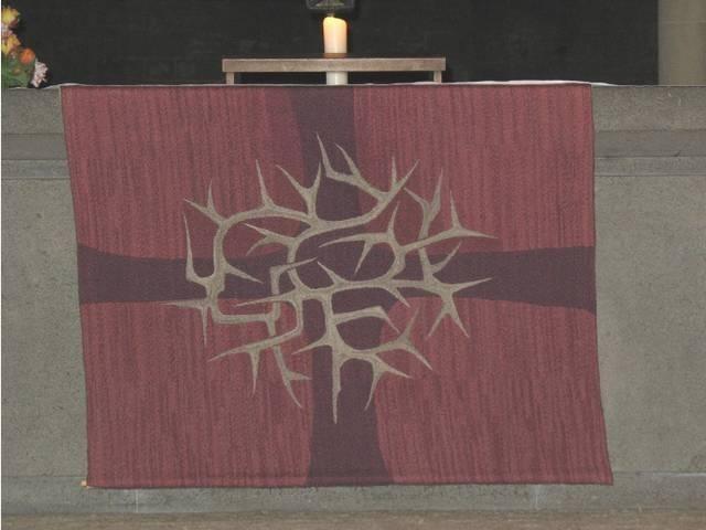 POL-HI: Diebstahl eines Altartuches aus der St. Andreas Kirche in Hildesheim