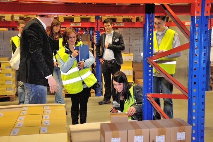Tag der Logistik 2014 / Der Wirtschaftsbereich Logistik ist ein Wachstumsmotor / Aktionstag mit rund 400 Veranstaltungen