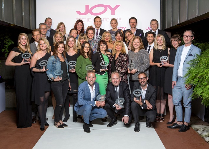"""Heute wissen, was morgen in ist: JOY verleiht zum zehnten Mal den """"JOY Trend Award"""" / 21 Gewinner werden in den Kategorien Beauty, Fashion, Lifestyle ausgezeichnet"""