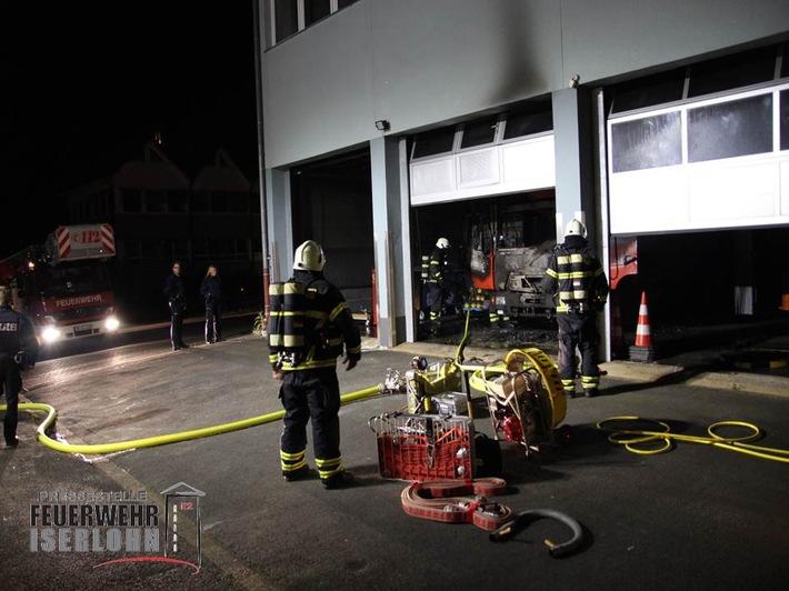 FW-MK: Feuerwehrfahrzeug in Brand geraten