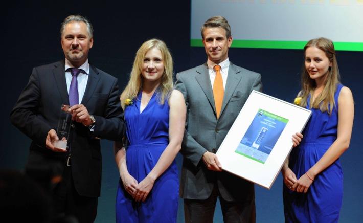 """SOLARWATT GmbH gewinnt """"ees Award 2015"""" mit neuem Stromspeicher """"MyReserve"""""""