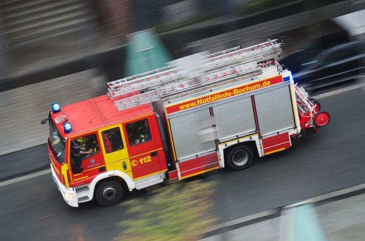 FW-BO: Verkehrsunfall in Bochum Linden