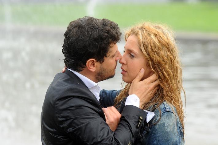 der erste kuss wann