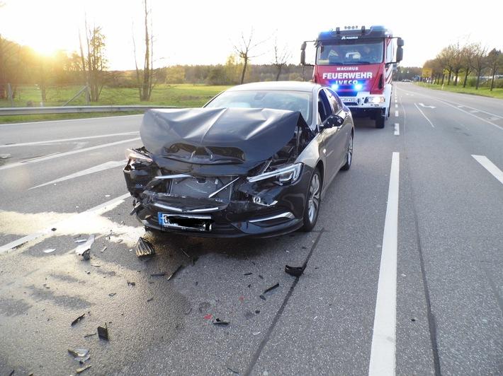 POL-PDKL: Auffahrunfall - drei verletzte Fahrzeuginsassen