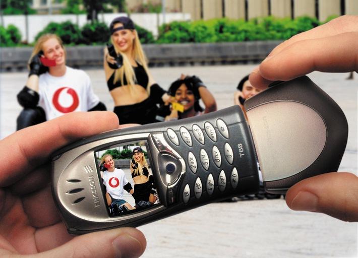 Europapremiere: Farbfotos mit dem Handy knipsen
