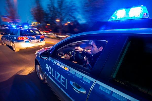 POL-REK: 170810-3: Raub auf Spielhalle - Bergheim