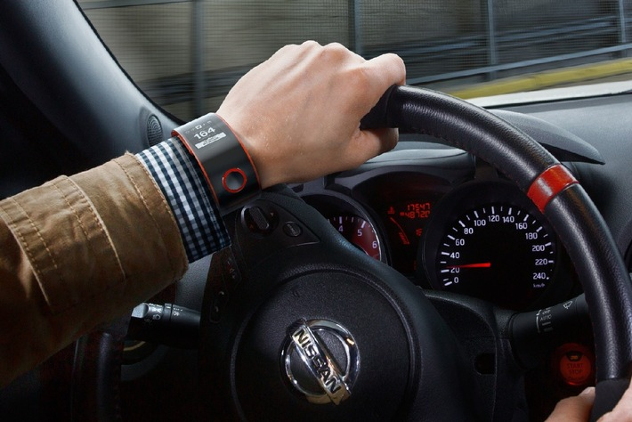 Nissan: Au Poignet du Pilote Nismo (Image)