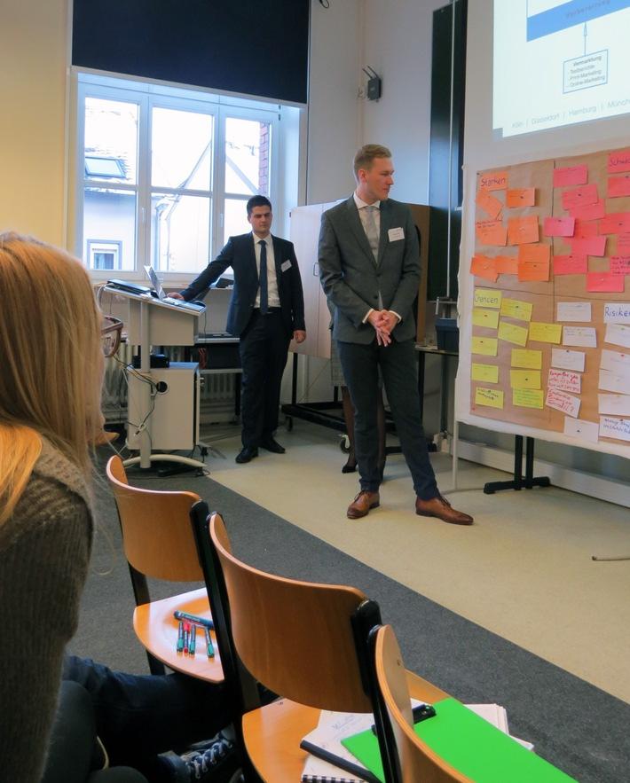 Studierende treffen Start-ups und Mentoren - Hochschule Fresenius kooperiert mit der Wissensfabrik