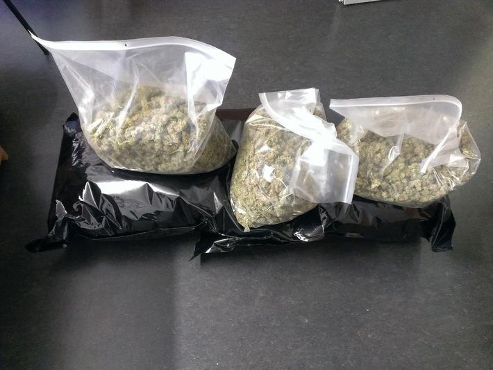 POL-H: Linden-Nord: Polizei beschlagnahmt 11,5 Kilogramm Marihuanadolden