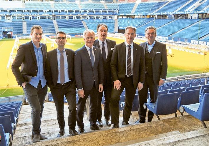 Der neue Aufsichtsrat der HSV Fußball AG: Marcell Jansen, Dr. Andreas C. Peters, Jens Meier, Max-Arnold Köttgen, Michael Krall, Felix Goedhart (v.l.).