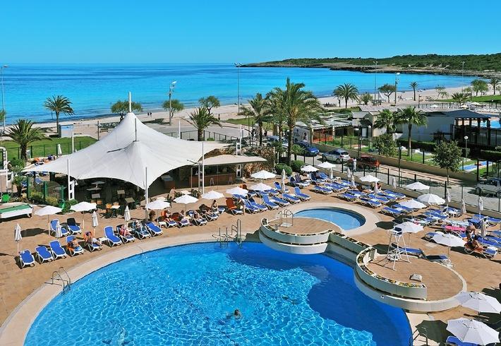 Alltours baut strategische position auf mallorca aus und for Design hotel mallorca strand