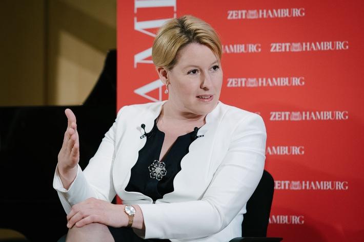 """SPD-Ministerin Giffey stellt sich gegen """"Ego-Trip"""" der CSU und toleriert Burkinis im Schwimmunterricht"""