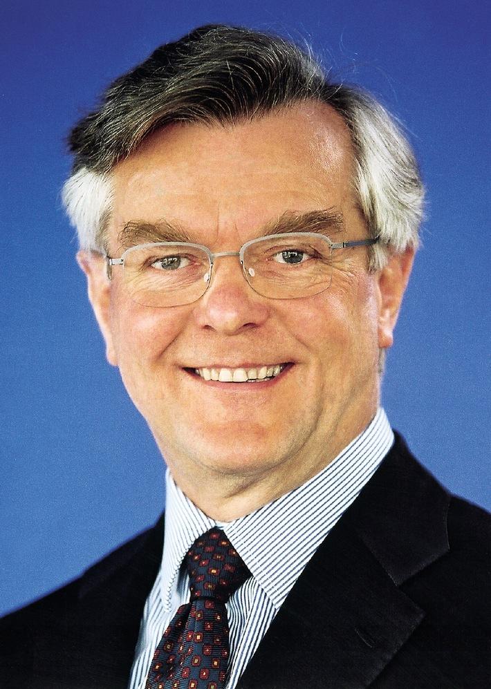 DEKRA Chef Gerhard Zeidler wird 65