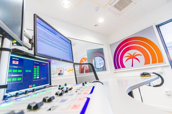 """25 Jahre """"Das Inselradio Mallorca"""" / Mehr als 400.000 Hörer haben täglich """"Das Inselradio Mallorca"""" im Ohr / Beginn im Kellerstudio / Auszeichnungen zur Förderung des interkulturellen Dialogs"""