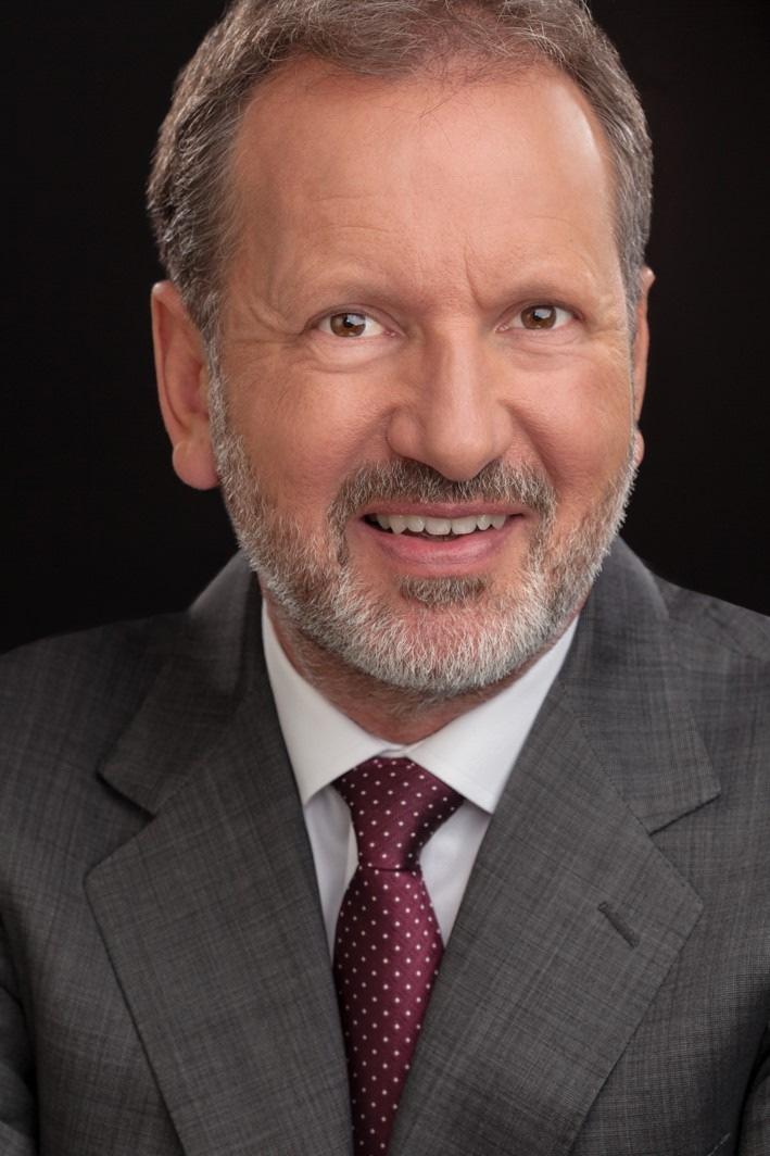 Dr. Lutz Bertling wird ab 01.04.2018 dem Vorstand der OHB SE angehören.  (Foto: privat)