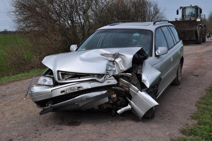 POL-DEL: Landkreis Oldenburg: Verkehrsunfallflucht in Großenkneten - Zeugenaufruf