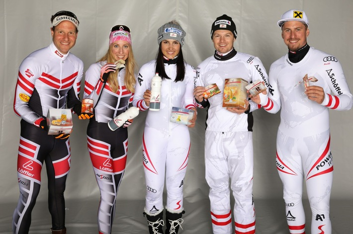 ÖSV-Athleten v.l.n.r.: Bernhard Gruber – Nordische Kombination, Teresa Stadlober - Langlauf, Stephanie Venier – Ski Alpin, Christoph Wahrstötter – Ski Cross, Max Franz – Ski Alpin