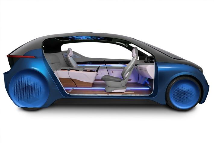 XiM18 von Yanfeng Automotive Interiors hat Europapremiere auf der IAA 2017 / Mit XiM18 definiert YFAI den mobilen Lebensraum neu
