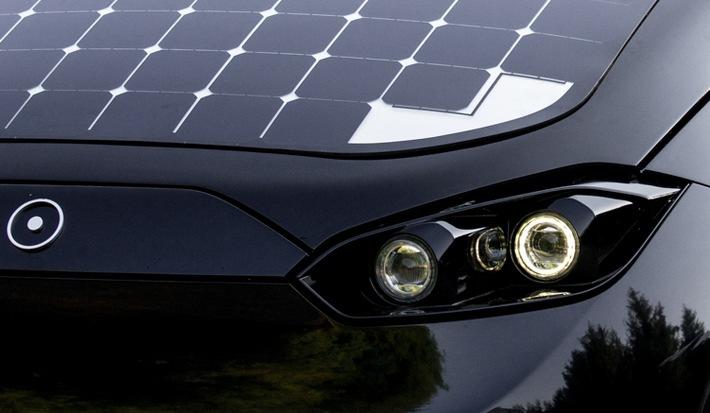 Sono Motors stattet Solarauto Sion mit neuer LED- Scheinwerfer-Technologie aus
