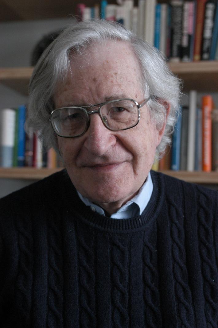 Der bedeutende Gesellschaftskritiker Noam Chomsky zu Gast am ZKM Karlsruhe