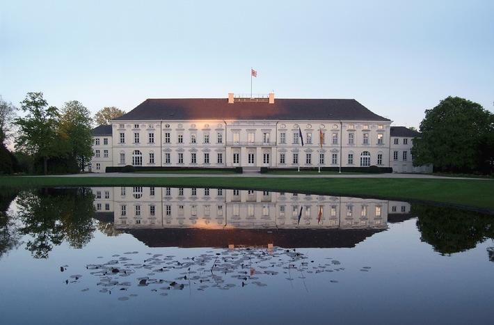 Park und Schloss Bellevue: Bildband zeigt ein verborgenes Berliner Juwel in exklusiven Ansichten