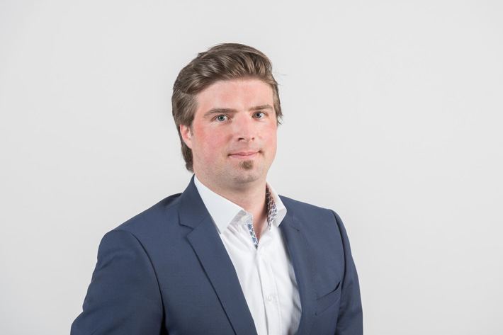 Lukas Reinhardt, Porte-parole TCS