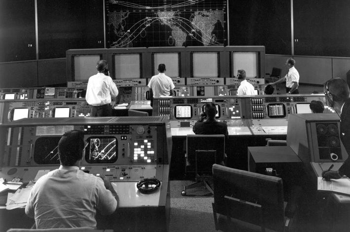 """Mission Control Center. Weiterer Text über ots und www.presseportal.de/nr/6955 / Die Verwendung dieses Bildes ist für redaktionelle Zwecke honorarfrei. Veröffentlichung bitte unter Quellenangabe: """"obs/Ford-Werke GmbH"""""""
