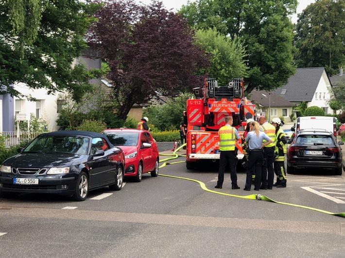 Die Einsatzkräfte der Feuerwehr Bergisch Gladbach