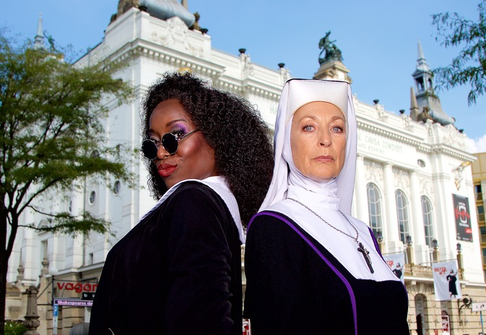 Die Nonnen sind da! Probenbeginn bei Whoopi Goldbergs Musical SISTER ACT in Berlin / Daniela Ziegler spielt Mutter Oberin! Premiere am 16. Oktober im Stage Theater des Westens