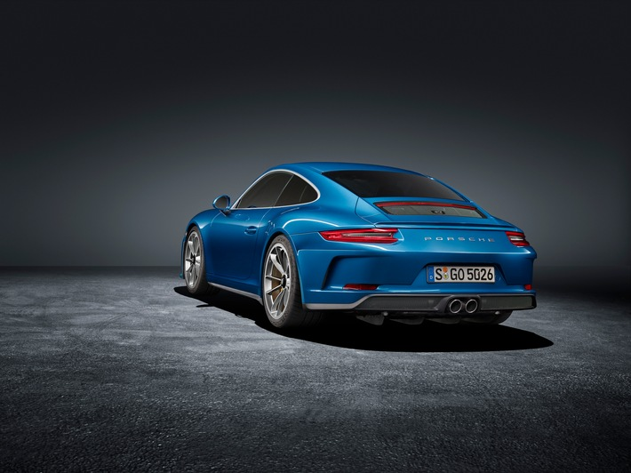 La 911 GT3 Touring Package debutta al salone di Francoforte / Porsche modello GT con cambio manuale, ora anche senza alettone posteriore