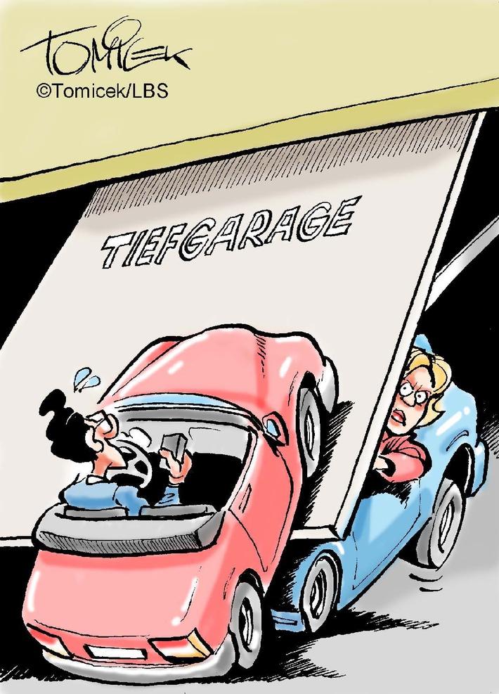 """Immer wieder droht rechtlicher Ärger um Stellplatz, Parkhaus und Tiefgarage. Die meisten Familien verfügen über ein Auto, manche sogar über zwei. So angenehm es ist, mit Hilfe eines PKW mobil zu sein - zum Einkaufen, zur Arbeit oder in den Urlaub zu fahren -, so schwierig ist es aber oft auch, einen geeigneten Unterstellplatz für sein Auto zu finden. Weiterer Text über OTS und www.presseportal.de/pm/35604 / Die Verwendung dieses Bildes ist für redaktionelle Zwecke honorarfrei. Veröffentlichung bitte unter Quellenangabe: """"obs/Bundesgeschäftsstelle Landesbausparkassen (LBS)"""""""