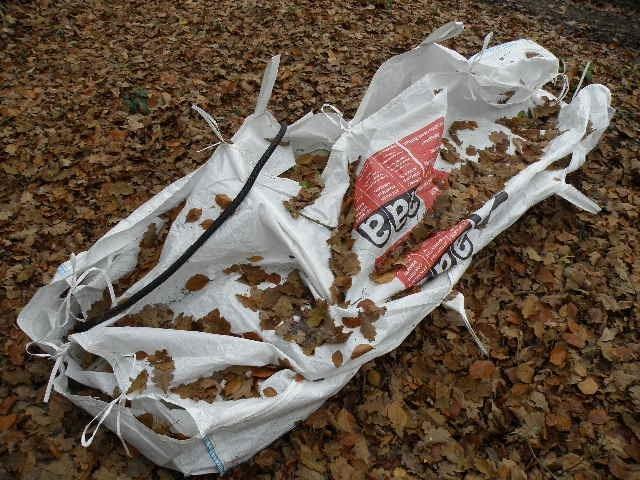Woher stammt diese Big Bag mit den Asbestzementplatten?