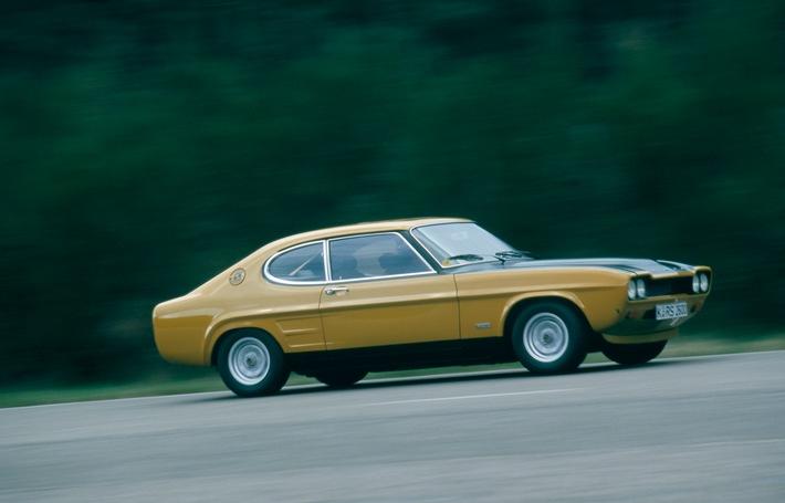 """Ford Capri RS 2600 (aus der Classic Car-Sammlung der Kölner Ford-Werke) auf nostalgischer Reise. Weiterer Text über ots und www.presseportal.de/nr/6955 / Die Verwendung dieses Bildes ist für redaktionelle Zwecke honorarfrei. Veröffentlichung bitte unter Quellenangabe: """"obs/Ford-Werke GmbH"""""""