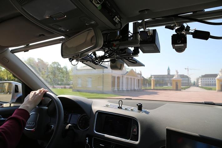 2017 geht das Testfeld Autonomes Fahren Baden-Württemberg in den Probebetrieb, 2018 soll es in Betrieb genommen werden. Dafür schafft das Konsortium nun in der Infrastruktur die Voraussetzungen.