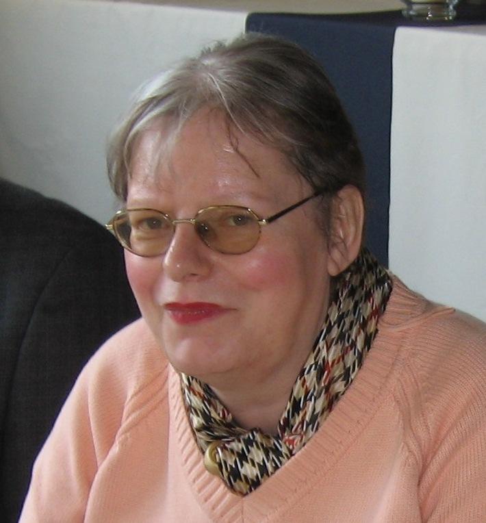 POL-DN: 06051009Fahndung nach vermisster Frau