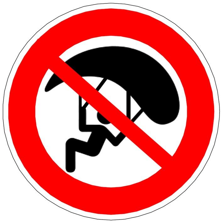 Symbolbild: Flugverbot für defekten Gleitschirm