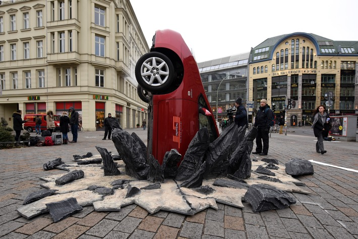 Amazon-Show The Grand Tour: Mega-Crash in Berlin