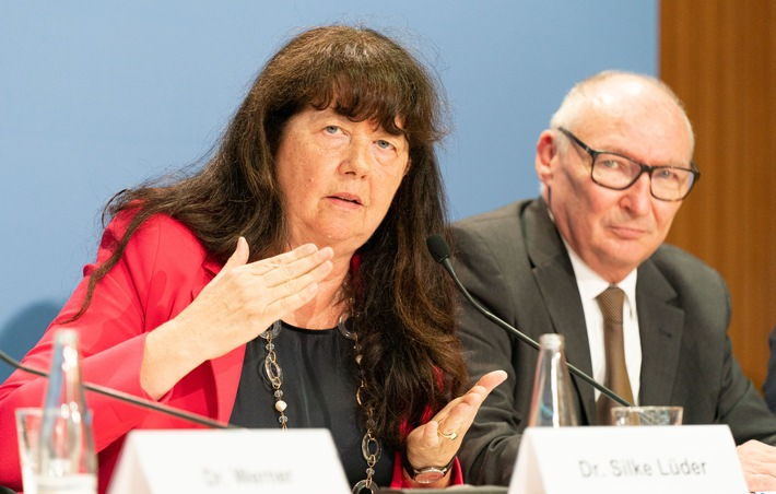 Freie Ärzteschaft: Sicherheitsprobleme erfordern Kurswechsel für die Digitalpolitik im Gesundheitswesen