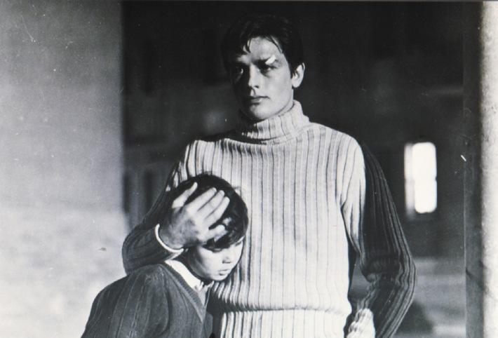 Rocco Parondi (Alain Delon, r., mit Rocco Vidolazzi) steht vor einer schweren Entscheidung.