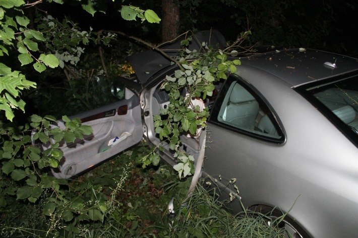 Beschädigtes Unfallfahrzeug
