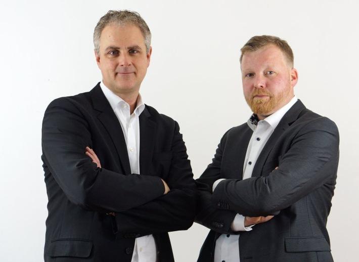 Oliver Wissmann (links) und Henning Liese sind davon überzeugt, dass Modebegriffe wie Digitalisierung und IoT alleine nicht zielführend sind,  sondern handfestes Tun den Erfolg bringt Weiterer Text über ots und www.presseportal.de/nr/147943 / Die Verwendung dieses Bildes ist für redaktionelle Zwecke honorarfrei. Veröffentlichung bitte unter Quellenangabe:
