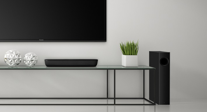 081-fy2017-panasonic-soundbar-htb254-lifestyle2.jpg