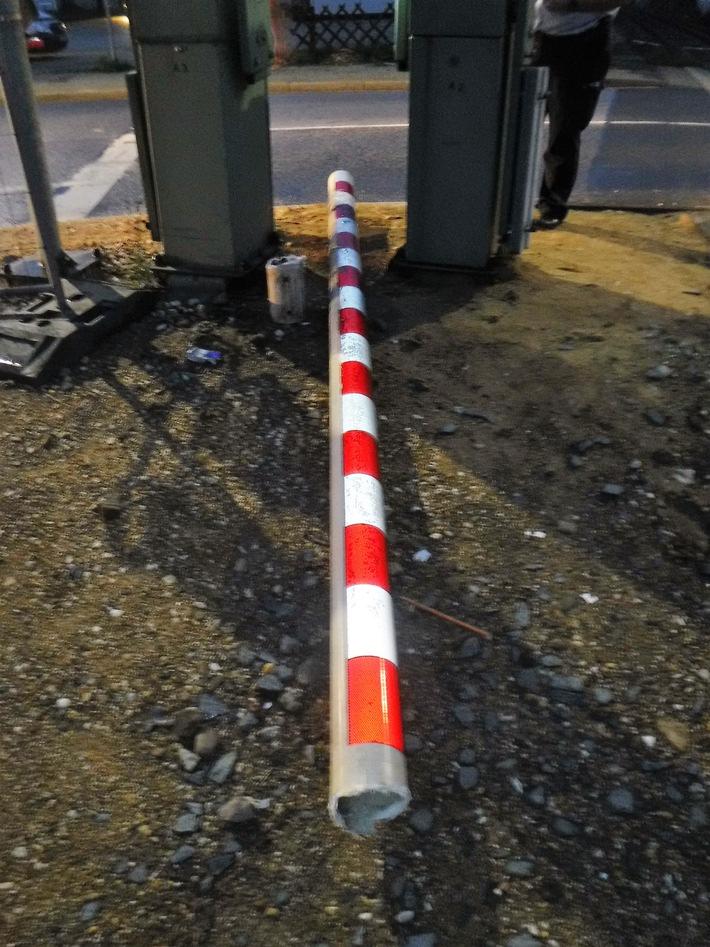 Polizei Düren: Verkehrsunfall Renkerstraße